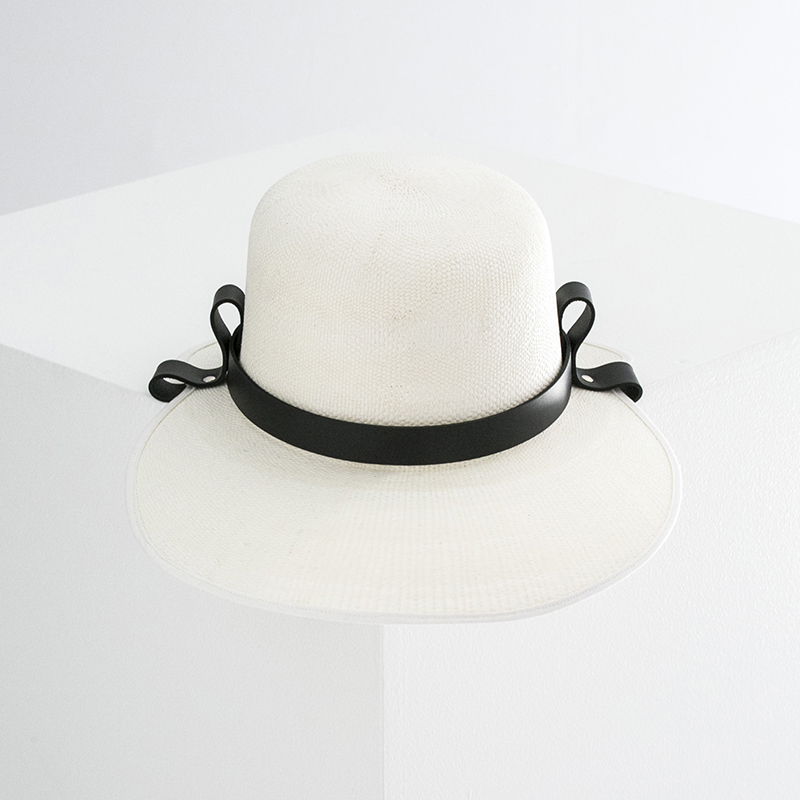 STRAW/LEATHER HAT